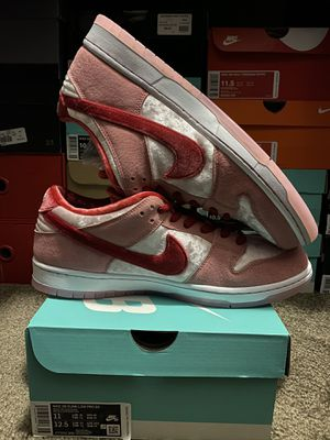 Nike SB Dunk Low Strangelove for Sale in Rowland Heights, CA