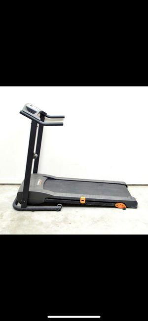 Weslo Cadence 80 Treadmill for Sale in Tujunga, CA