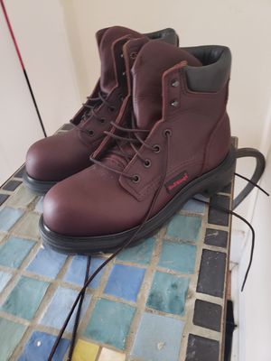 Womens steel toe REDWING work boots 6M for Sale in Kingston, MA