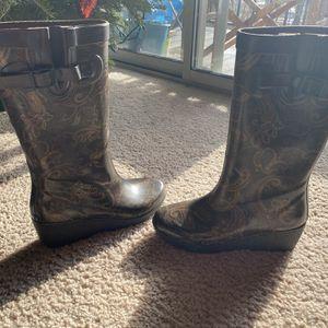 Capelli Rain Boots Like New Size 7 $7 for Sale in Bristol, CT