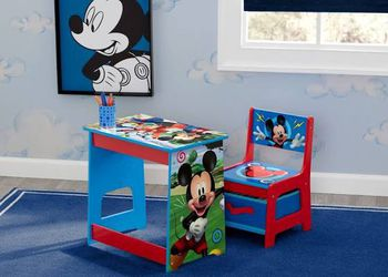 Delta Children Mickey Mouse Desk And Chair Set for Sale in Bechtelsville,  PA