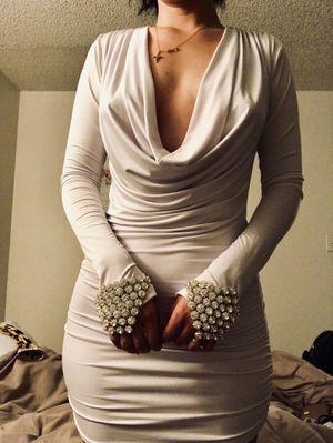 White Dress From Valiant Paris for Sale in Phoenix, AZ