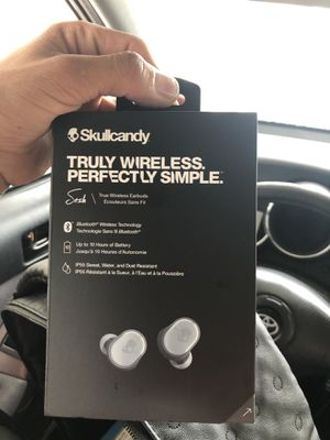 Skull candy wireless Bluetooth headphones for Sale in Denver, CO
