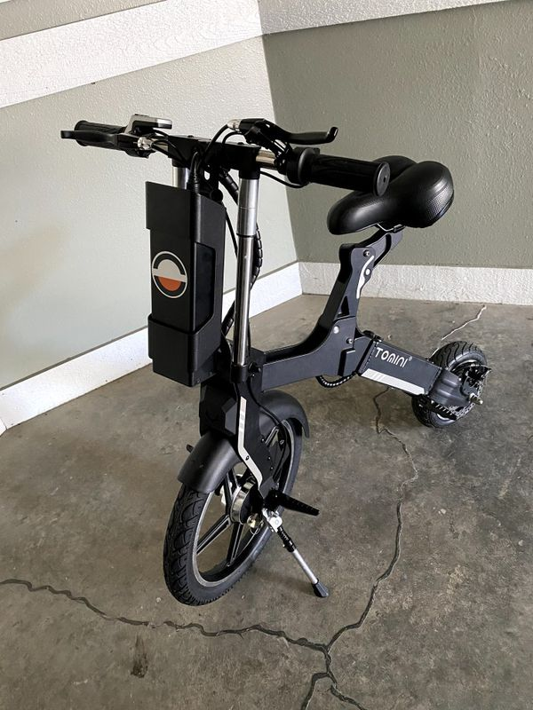 Tomini Extended Range Electric Scooter