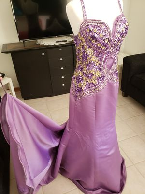 Prom dress for Sale in Des Plaines, IL