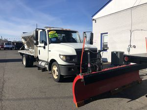 2013 international 12 ft aluminum bed spreader and snow plow for Sale in Manassas, VA