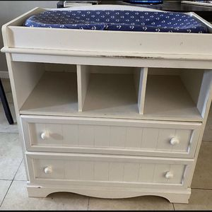 Changing Table for Sale in Rowland Heights, CA
