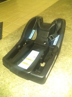 GRACO SNUG ECK 30 CAR SEAT BASE for Sale in Bakersfield, CA