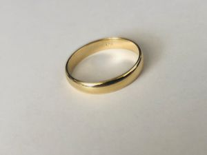 14k Gold Engagement/Wedding Band for Men. Size 9.5 for Sale in Miami, FL