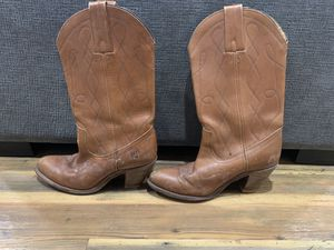 Frye Cowgirl Boots 8B 7972 for Sale in Bloomingdale, IL