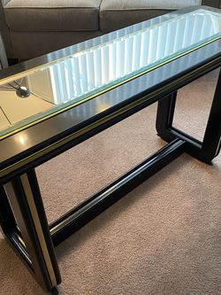 Black mirror table for Sale in Bethel Park,  PA