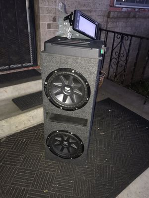 Subs wires screen and amp all together or what ever you want for Sale in San Antonio, TX