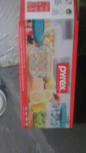 $10 Pyrex set of bowl with cover for Sale in Randolph, MA