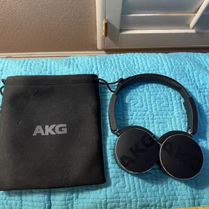 AKG Y50 Bluetooth Headphones for Sale in Placentia, CA