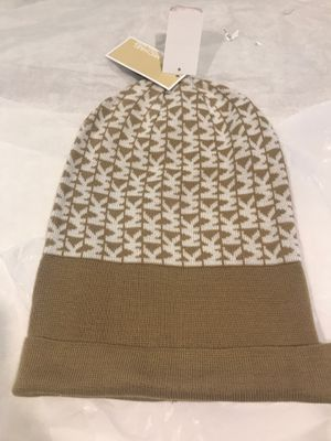 New Michael Kors beanie hat for Sale in Saddle Brook, NJ