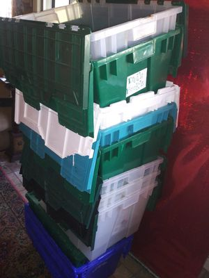 Cajas plasticas for Sale in Santa Ana, CA