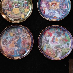 Disney Plates From The Bradford Exchange for Sale in Prospect Heights, IL