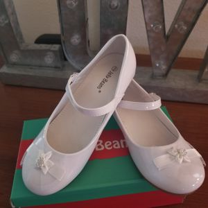 Girl white shoes for Sale in Riverview, FL