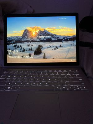 """Microsoft surface book 2 13.5"""" i7 for Sale in Oakland, CA"""