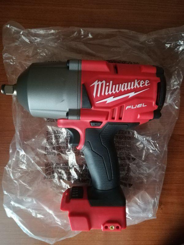 Milwaukee M18 impact wrench 2767-20