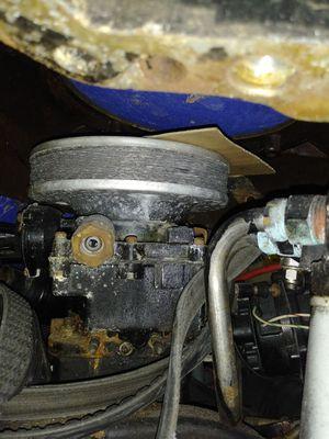 Marine V8 350 engine 2 barrel carburetor for Sale in Fort Lauderdale, FL