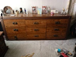 Dresser for Sale in Prattville, AL