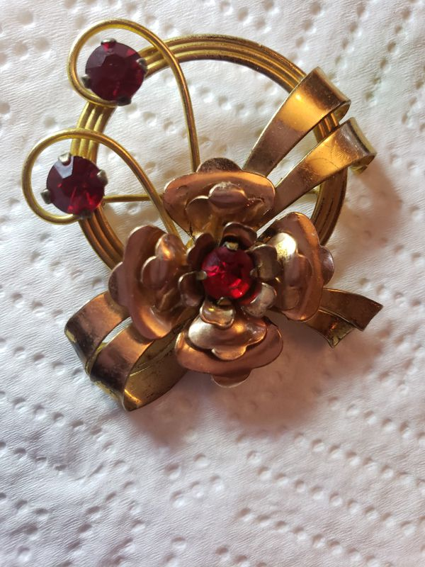 Vintage Gold Filled and Red Stone Brooch