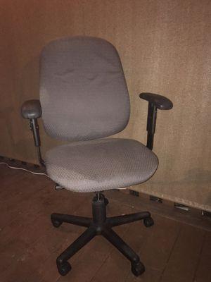 Desk chair for Sale in Wenatchee, WA