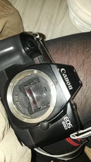 Vintage Canon EOS 650 35mm film camera for Sale in Vallejo, CA