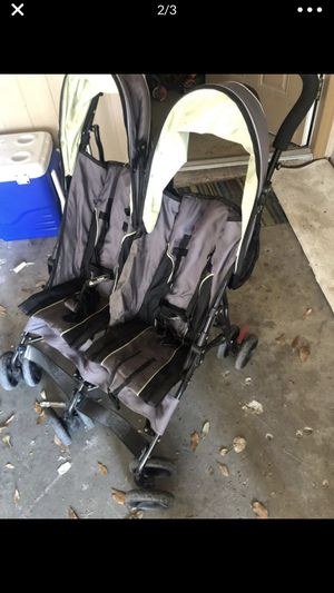 Double Stroller for Sale in Highland City, FL