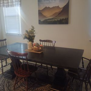 Farm Table and 5 vintage chairs for Sale in Clovis, CA