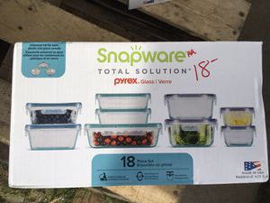 Snapware Pyrex glass container for Sale in Kingsburg, CA