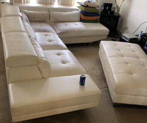 COUCH / SOFA White Leather 2-piece sectional w/ Ottoman for Sale in Livonia, MI