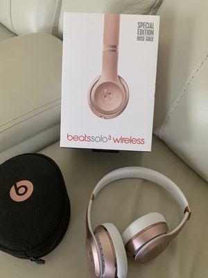 Beats solo 3 wireless NEW for Sale in Winter Haven, FL