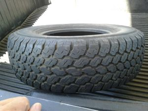 30 inch tire r15 for Sale in Los Angeles, CA