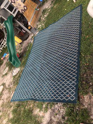 Like new 9x12 Safavieh courtyard carpet for Sale in Orlando, FL