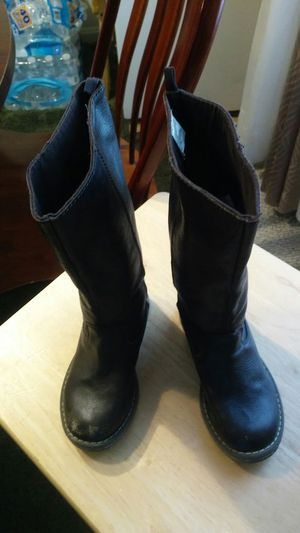 Girls tall brown leather boots size 11 for Sale in Hyattsville, MD