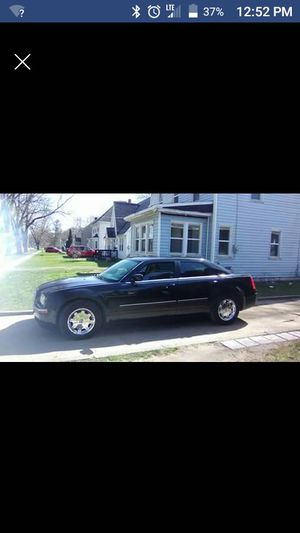 2006 Chrysler 300 Limited Edition for Sale in Kalamazoo, MI