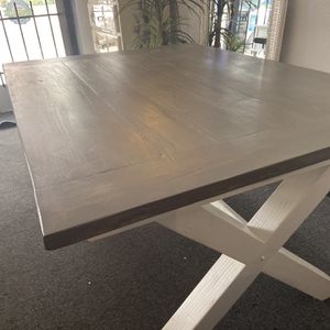 Grey Wash Reclaimed Dinning Table 🎈🎈🎈🎈🚚 for Sale in Fresno, CA