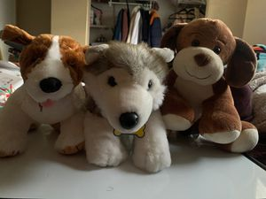 Build-A-Bear dogs with carrying crate for Sale in Spring Valley, CA