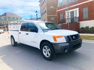 2008 Nissan Titan 4door crew cab pick up truck 8FT Long Bed cold AC Utility for Sale in MONTGOMRY VLG, MD