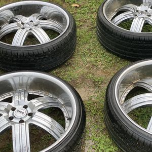 24 Inch BIGG Rims for Sale in Stanfield, NC