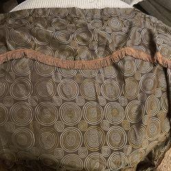 2 Brown Curtan Paneles for Sale in Visalia,  CA