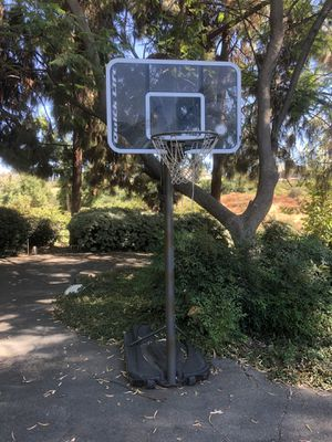 Basketball hoop for Sale in Redlands, CA