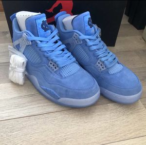Air Jordan retro 4 UNC for Sale in Cleveland, OH