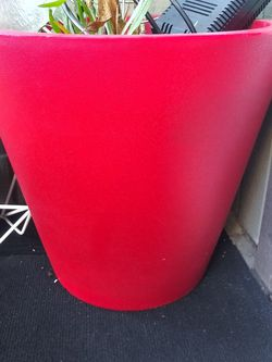Extra Large House Plant Pot Red for Sale in Vancouver,  WA
