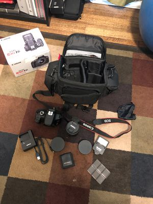 Canon Rebel T6 w/ 18-55mm lens and more for Sale in Chicago, IL
