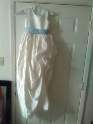 White w/ light blue sash flower girl dress for Sale in Houston, TX