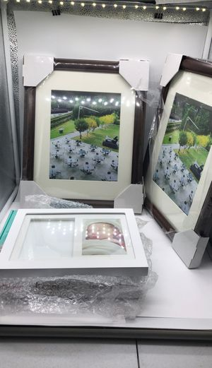 Set of 3 Picture Frames for Sale in Bakersfield, CA