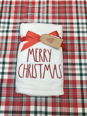 """New Rae Dunn """"MERRY CHRISTMAS"""" Kitchen Towels for Sale in Pembroke Pines, FL"""